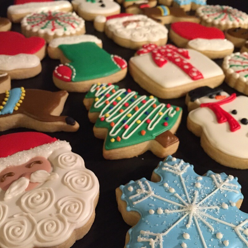 'Christmas Cheer Decorating Workshop - THURSDAY, DECEMBER 10th at 6:30 p.m. (THE COOKIE DECORATING STUDIO)