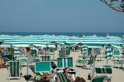 offerta ombrellone + lettino + sedia