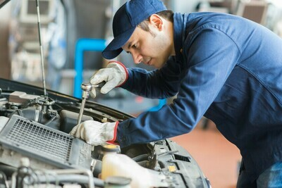 AUTO SERVICE TECHNICIAN Tuesdays 5-8:45 PM (See Start Dates Below)