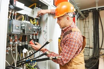 ELECTRICIAN - COMMERCIAL/RESIDENTIAL (Module 2) OPEN ENROLLMENT Jan 25-June 7, 2021 Mondays 5-8:45 pm