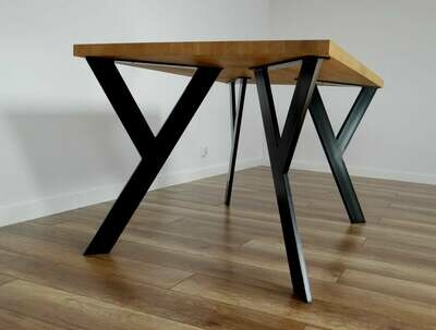 Metal Table Legs also for Round Tables. Industrial Dining Table Legs. Steel Table Legs for reclaimed Wood. Iron Table Legs