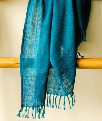 Hand-woven Pashmina Shawl dyed with indigo and tesu flowers