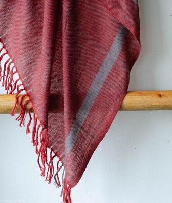 Hand-woven Pashmina Shawl dyed with madder and harada