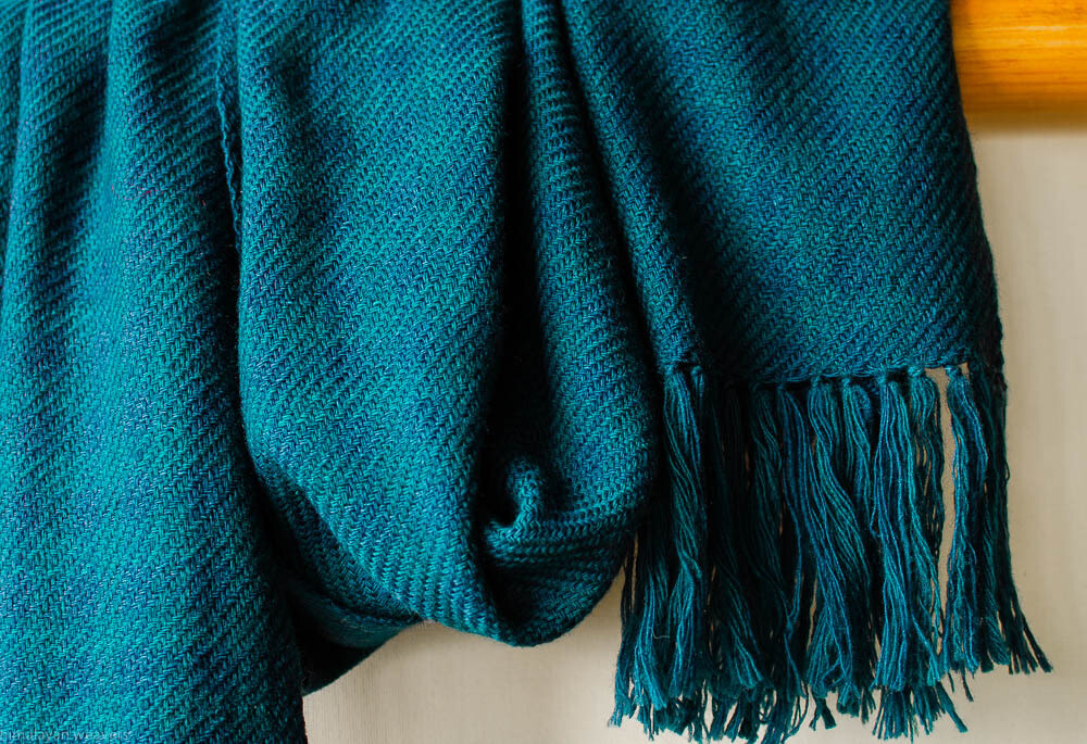 Handwoven Woollen Scarf Dyed with Indigo and Tesu