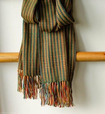 Handwoven Woollen Scarf Dyed with Indigo, Madder, Tea and Tesu flowers