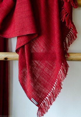 Large handwoven woolen shawl dyed with madder and shellac