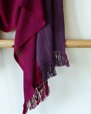 stole woven with handspun wool and dyed with madder and sappanwood