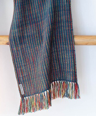 Scarf woven with handspun wool dyed with indigo, madder and tesu flowers