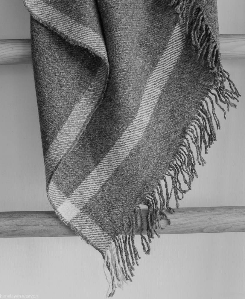 Large Bhotia Grey Shawls with Himalayan Wool