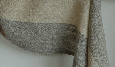 Scarf woven with handspun wool dyed with tea and harada