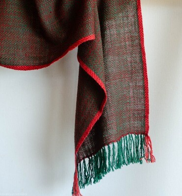 Scarf woven with handspun wool dyed with madder, indigo and tesu flowers