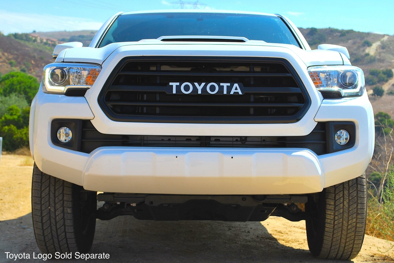 2016-2017 Toyota Tacoma Grille Insert