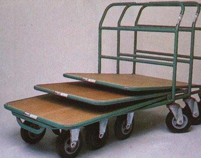 Vozík etážový s dřevěnou podlahou