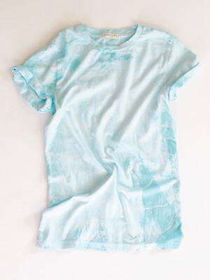 teal dyed tee