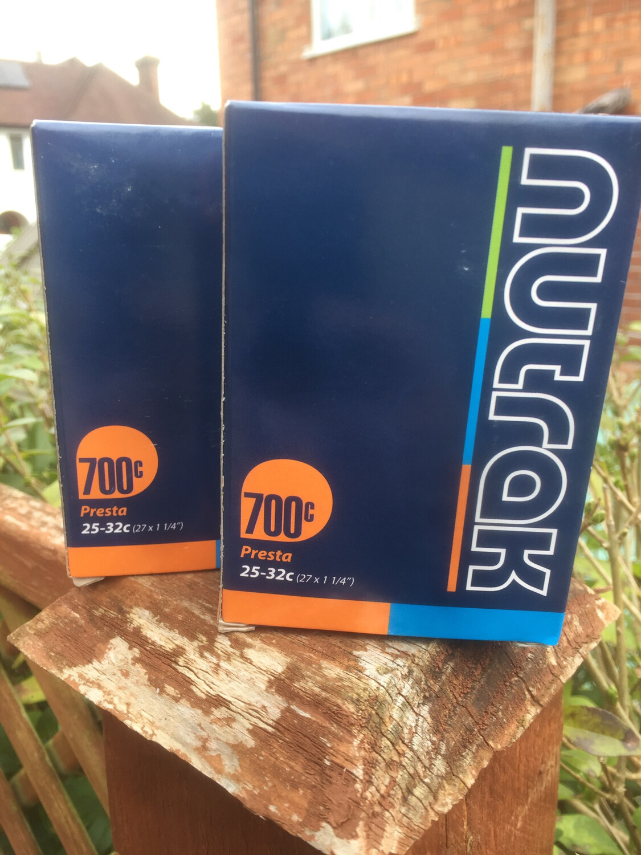 Nutrack 700c inner tubes