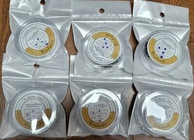 A Bundle Sale Of 6 Boxes 6D