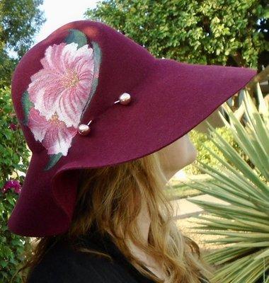 "Hand-painted ""Pink Hibiscus"", Burgundy 3"" Brim Wool Felt Hat"