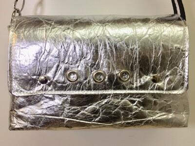 Silver Gold sac pinatex sac vegan sangle noire et blanche fait à Toulouse France / sac vegan