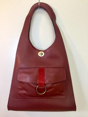Beatrix sac cuir Français de couleur brique porté épaule pièce unique