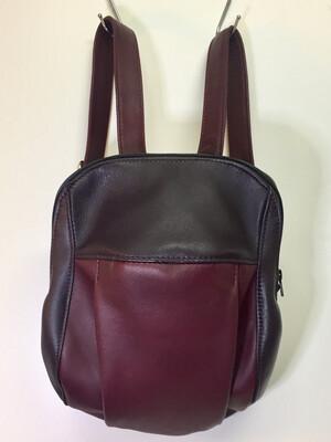 Pomi sac à dos unisexe cuir prune et bordeaux, cuir Français fait à Toulouse, bretelles réglables petit format
