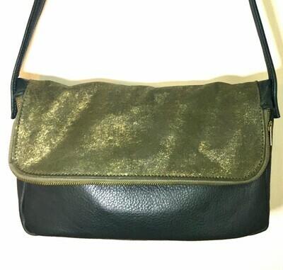 Feeling, sac cuir Français vert foncé, rabat vert bronze pailletés porté épaule ou bandoulière réglable pièce unique fait à Toulouse