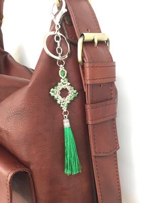 Losange émeraude pendentif de sac ou porté clé/ fait main pièce unique