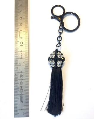 Boule noire argenté et pompon noir pendentif de sac ou porté clé/ fait main pièce unique