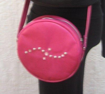 Sac cuir rosi Femme porté épaule, porté bandoulière, rond en cuir rose avec motif cristal et rivets, modèle unique