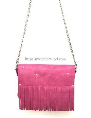 Misti pochette cuir rose à frange, anse métal, porté épaule, chic femme, pièce unique
