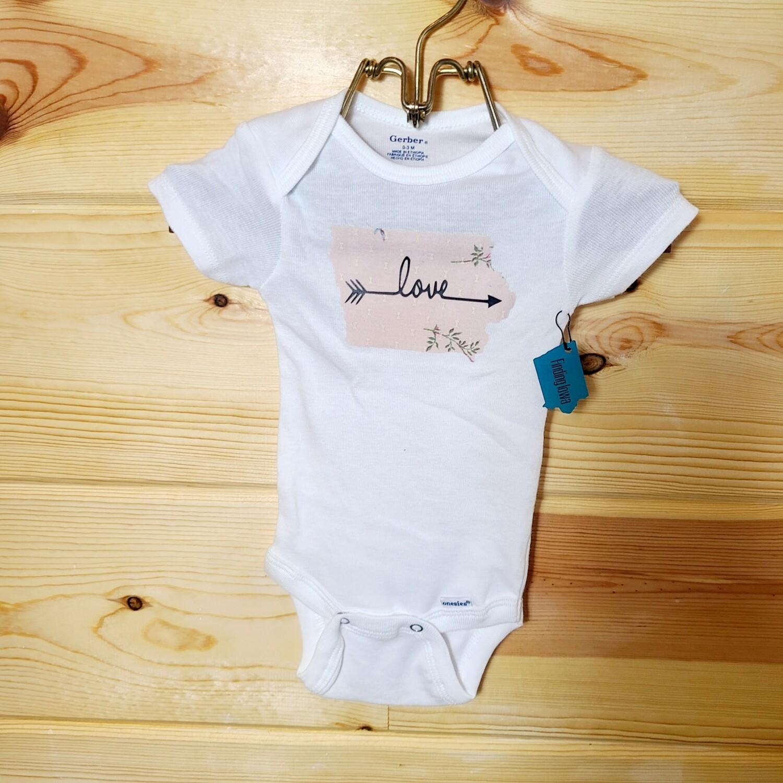 Iowa 'LOVE' Infant Onesie | Size 0-3 month