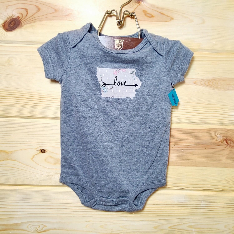 Iowa 'LOVE' Infant Onesie | Size 12 month