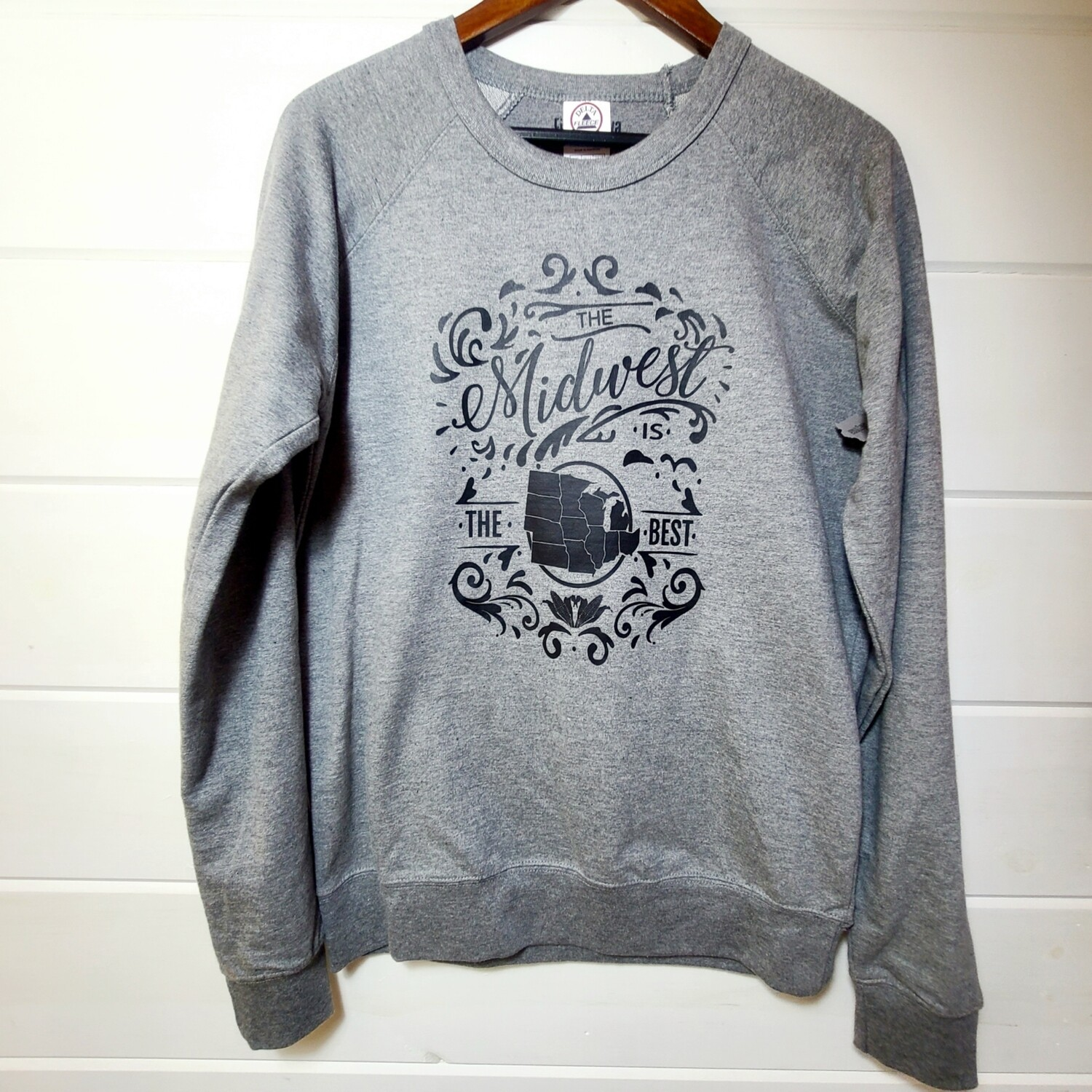 Midwest is Best| sweatshirt | size MEDIUM
