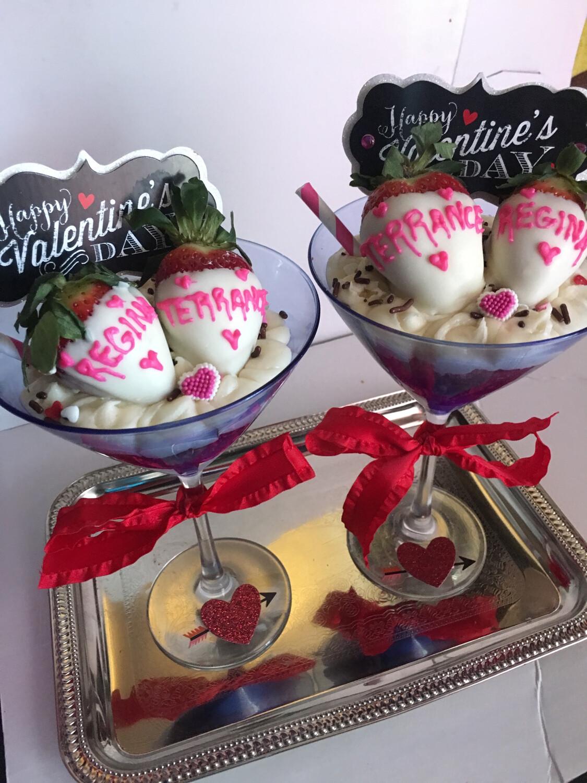 Valentines Day Martini Cups 2pk.