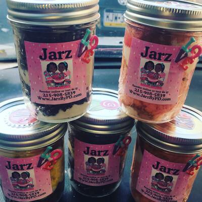 Valentines Day Cake Jarz