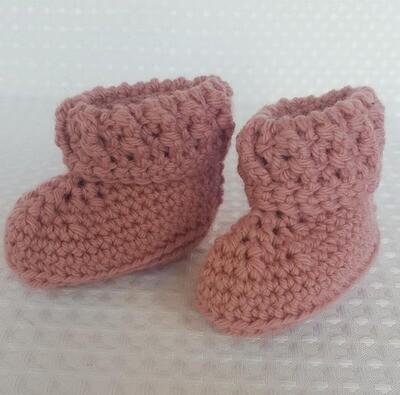 Crochet Baby Booties - Newborn