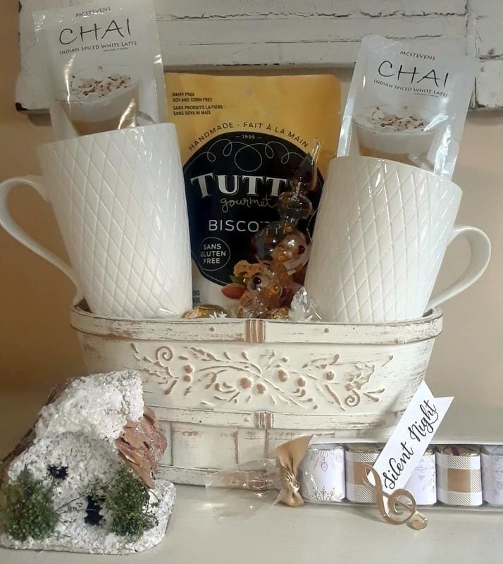 Small Holiday basket