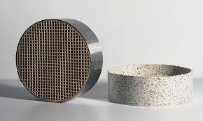 """Catalytic Combustor with metal band, 6"""" round x 2'' tall"""