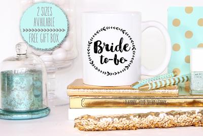 Bride to Be Wreath Wedding Engagement Mug