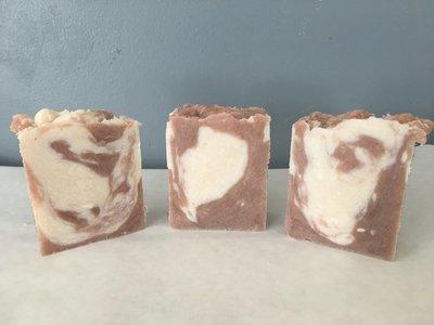 Himalayan Pink Salt and Peppermint 5oz Soap