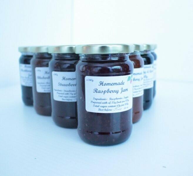 z Dots Pots Homemade Raspberry Jam