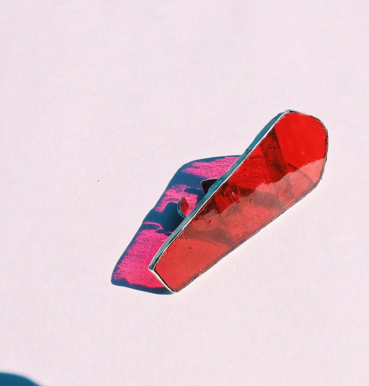 Цветное стекло в серебряном кольце с регулируемым размером