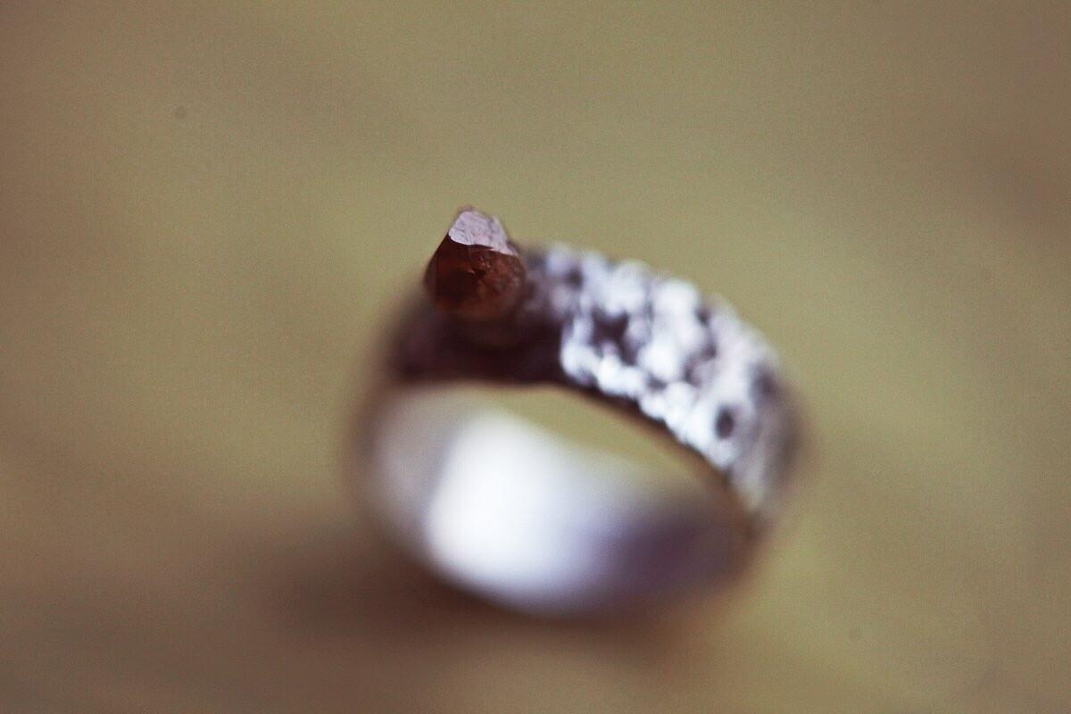 Фактурное кольцо с цитрином