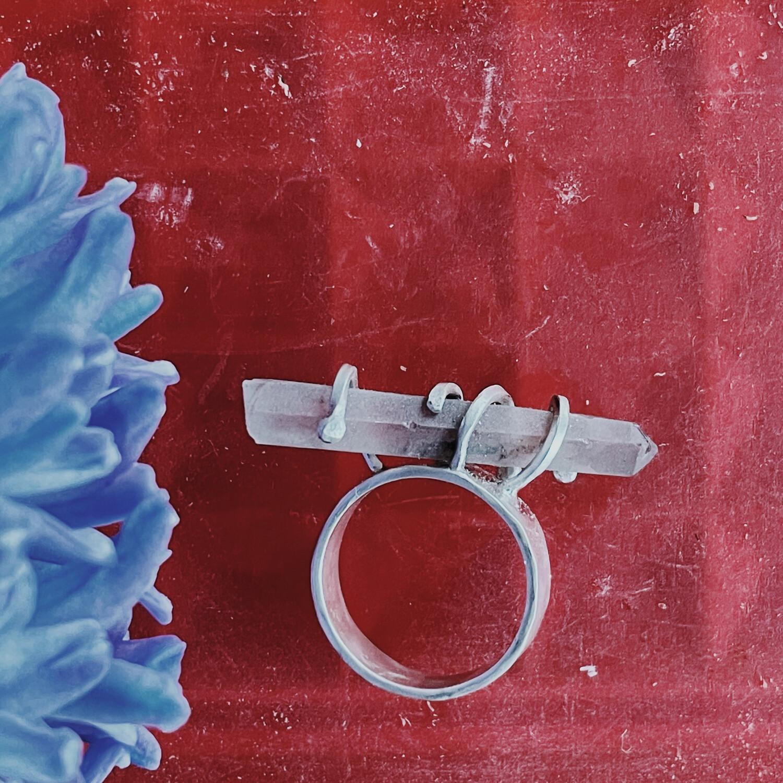 Кольцо с кристаллом раухтопаза
