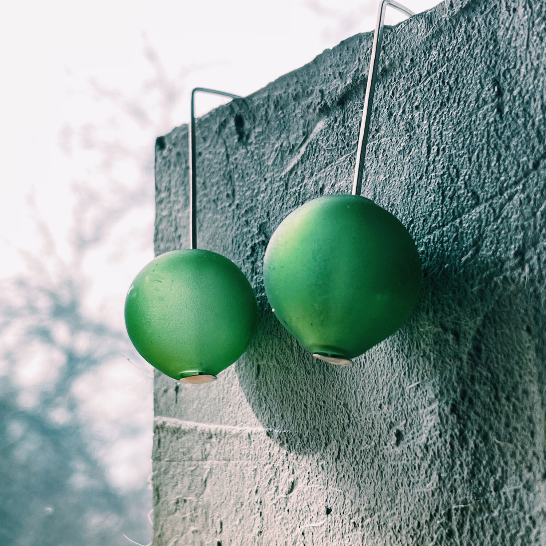 Серьги с шарами из муранского стекла