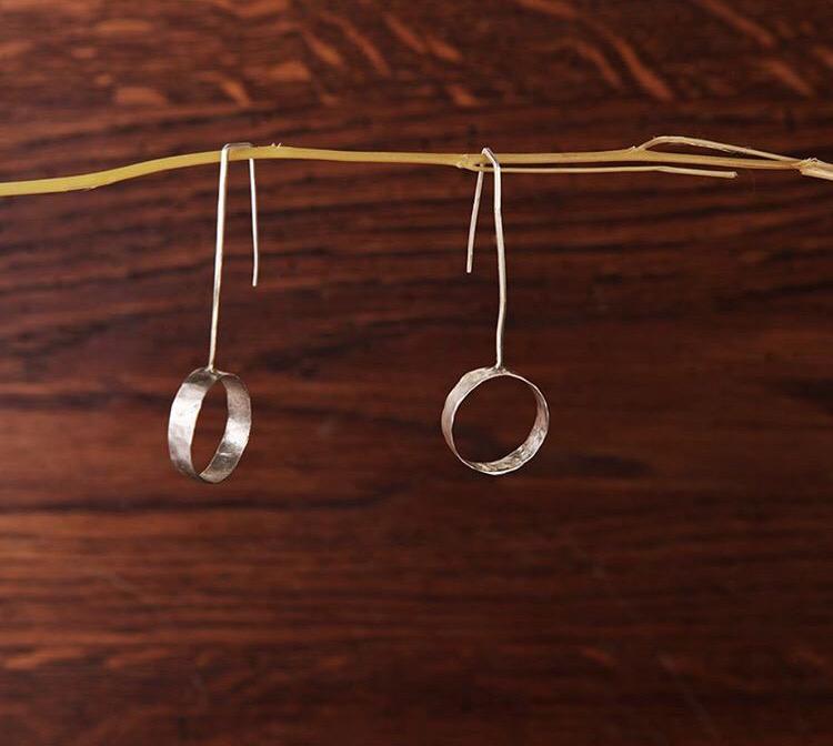 Серебряные серьги с кольцами