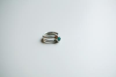 Серебряное кольцо с диоптазом