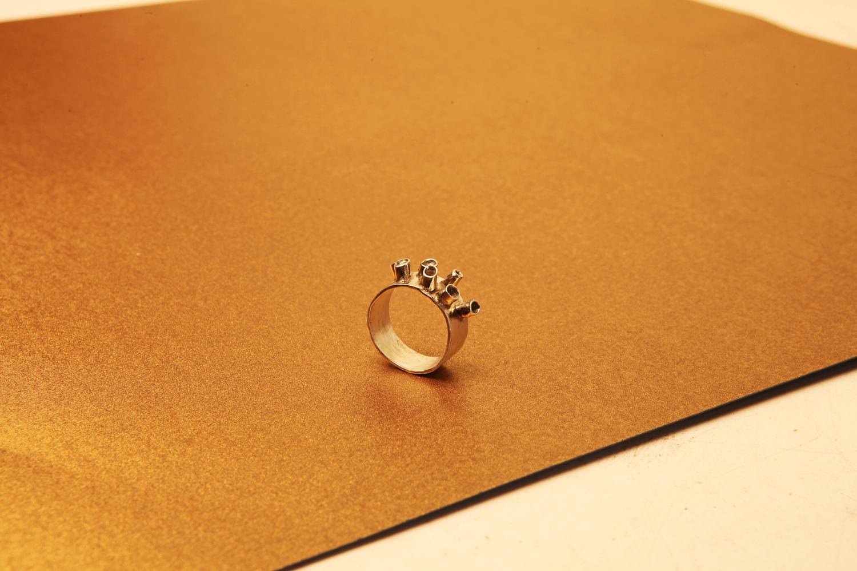 Серебряное широкое кольцо