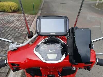 GPS Mount for Vespa GTS