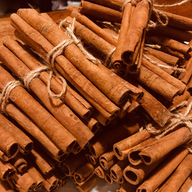 Cinnamon Sticks Bundle (5-Sticks)