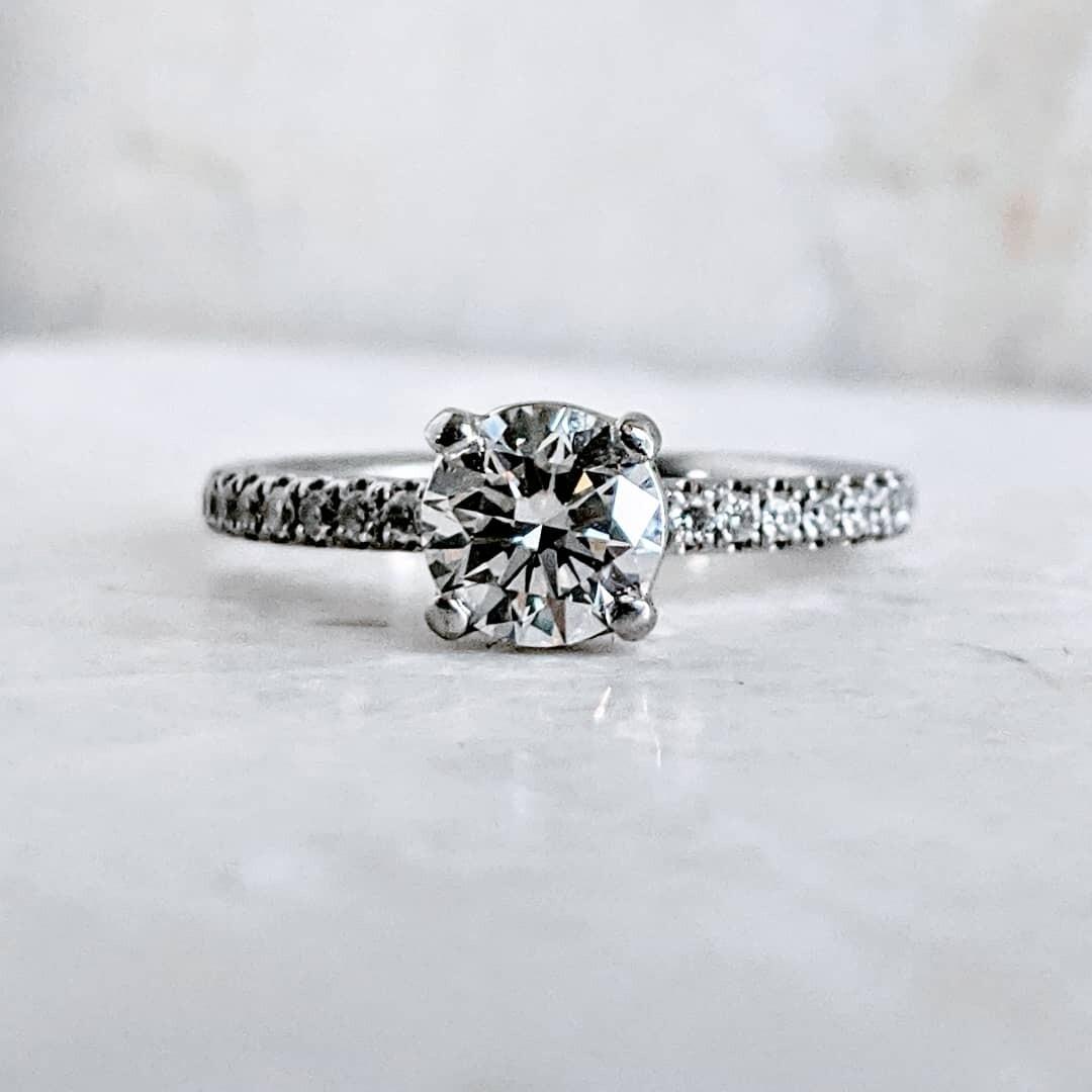 1 Carat Total CVD SI1 H Classic Diamond Ring